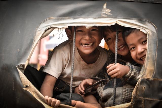 children in manipur India
