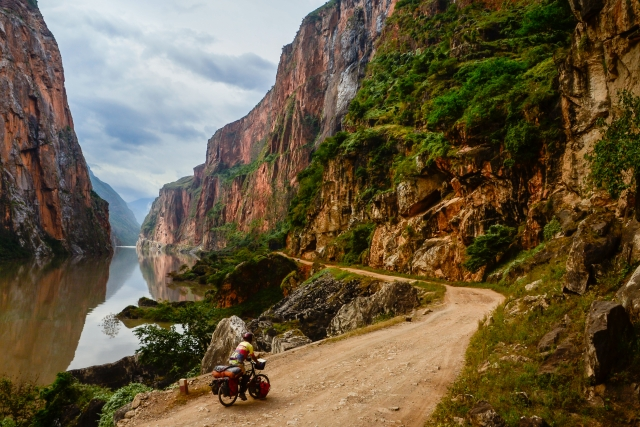 bicycle touring in China